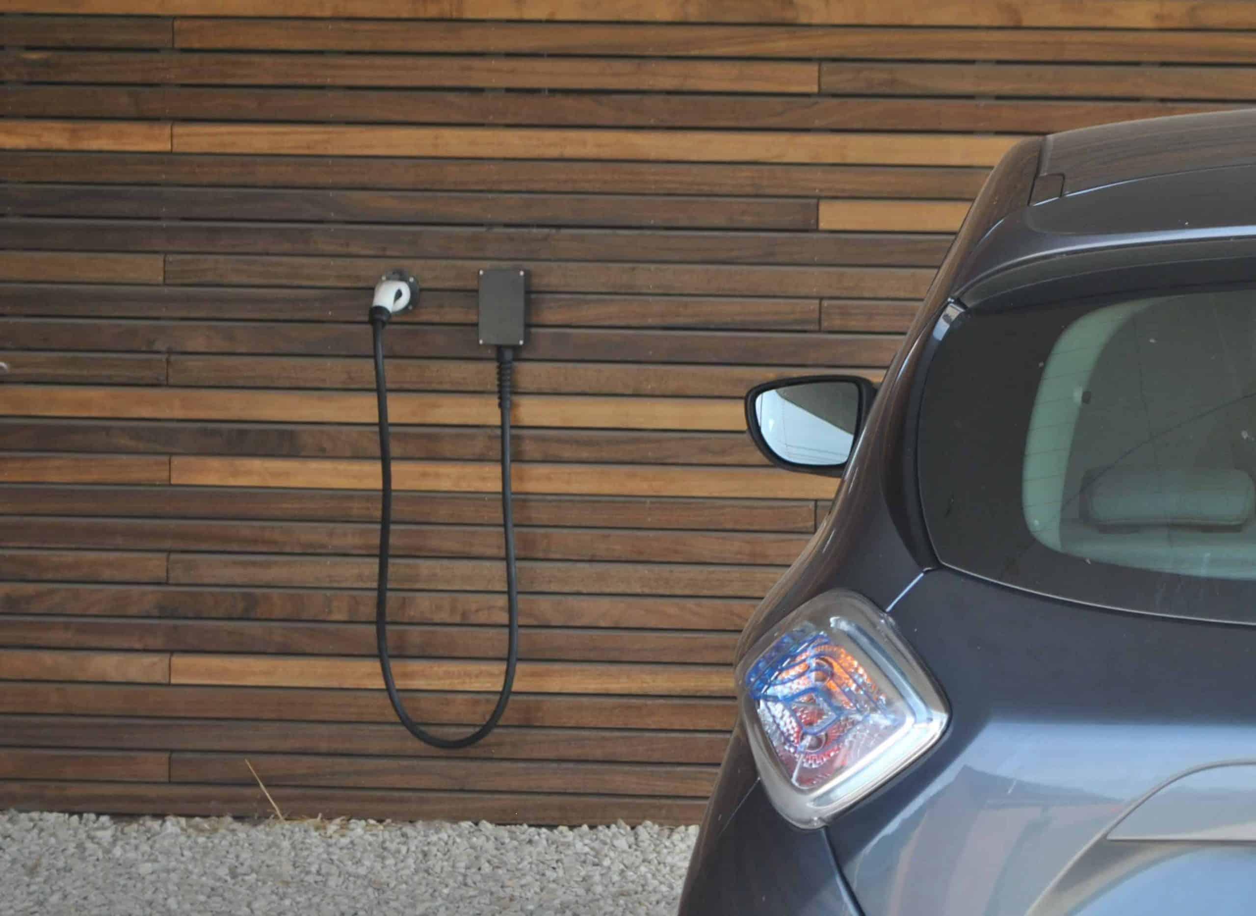 Comment choisir une borne de recharge électrique ? 6 points pour tout savoir